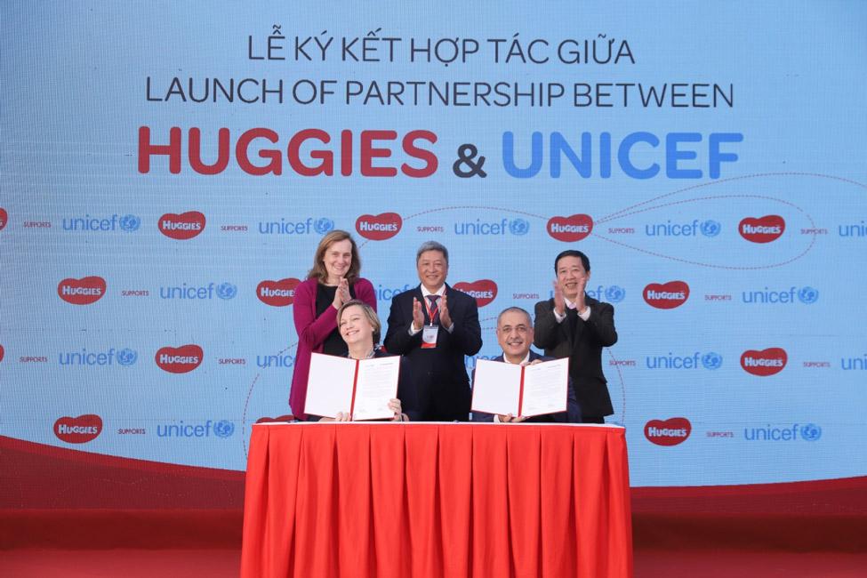 CÔNG TY KIMBERLY-CLARK VÀ UNICEF CÔNG BỐ DỰ ĐỊNH HỢP TÁC TẠI VIỆT NAM